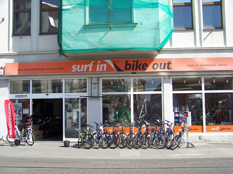 Surf in Bike out